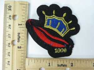 crown and lip 1006 embroidered iron on patch / embroidered cloth badge motif applique / sew on applique patch