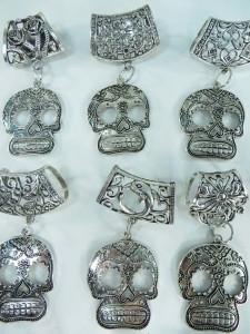 Day of the Dead / Dia de los Muertos sugar skull gothic rockabilly psychobilly scarf pendant bail slide set