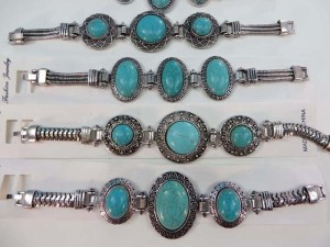 antique vintage style turquoise gemstone fashion bracelet length 7.5 inches to 8 inches long