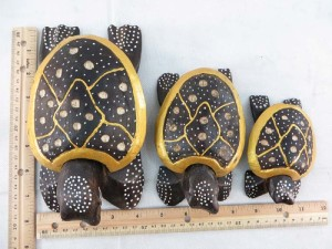 set of 3 wooden turtles handcrafted in Bali Indonesia