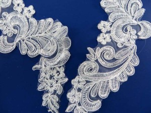 2 pieces venise bridal sew on lace trim appliques