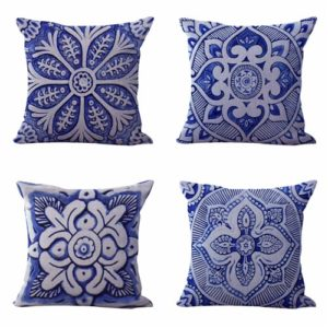 Set of 4 cushion covers moroccan geometric Cushion covers/pillow cases in assorted designs randomly picked by us. Pillow case only, insert pillow is not included.