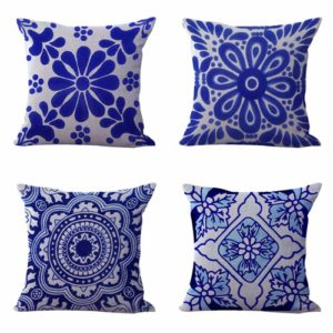 Set of 4 cushion covers Mexican Spanish talavera Cushion covers/pillow cases in assorted designs randomly picked by us. Pillow case only, insert pillow is not included.