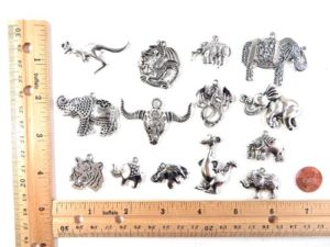 wholesale elephant kangaroo bull dragon pendants charms Jewelry findings for DIY scarves with jewelry, DIY necklace and more Mixed designs randomly picked by our warehouse staffs.
