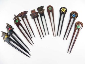 handmade wooden hair pin fork pick with flower paintings or shells decor Handmade in Bali, Indonesia.
