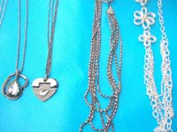 costume-necklaces-long-chains-8i