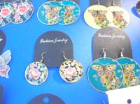 dangle-pierced-hook-earrings-1c-painted-flower-butterfly