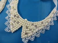 collar-necklaces-white-faux-pearl-1c