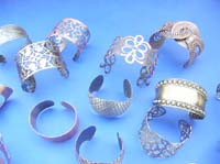 antique-style-bangle-bracelets-100c