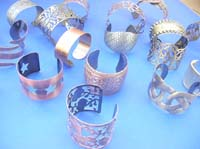 antique-style-bangle-bracelets-100f