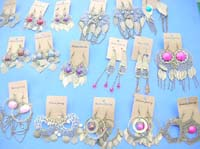 antique-style-earrings-1a