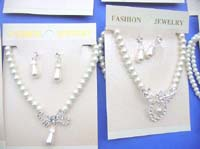 faux-pearl-jewelryset-2f-necklace-earring
