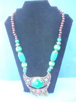 necklace-display-1a