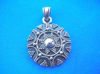 Mini ball forming a flower pattern pendant