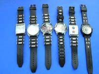 Unisex fashion watches with faux leather wrist bands in trendy design