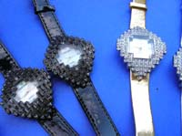 Crafted cube shaped diamond clock frame on ladies hot style watch