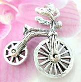 Kids bike theme sterling silver pendant with movable wheels