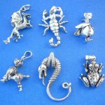 wholesale silver jewelry catalog. Discount fashion hip hop animals sterling silver pendant, randomly picked by our warehouse staffs.