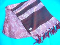 thin-strip-bottom-shawls-646a